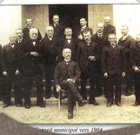 Conseil Municipal vers 1904